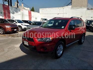 Foto venta Auto Seminuevo Mitsubishi Outlander 2.4L LS  (2012) color Rojo precio $149,000