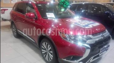 Foto venta Auto usado Mitsubishi Outlander 2.4L SE Plus (2019) color Rojo precio $464,000