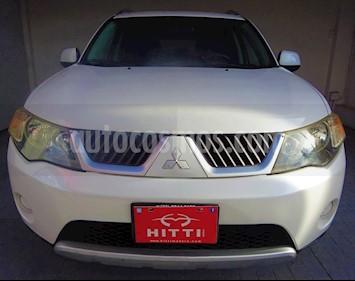 Foto venta Auto usado Mitsubishi Outlander 3.0L LS (2009) color Blanco precio $129,000