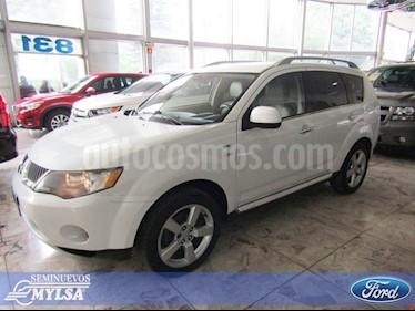 Foto venta Auto Seminuevo Mitsubishi Outlander 3.0L XLS Premium (2009) color Blanco precio $135,000