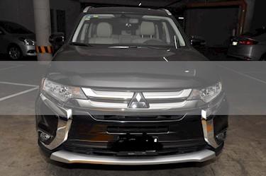 Mitsubishi Outlander 3.0L XLS Premium usado (2016) color Negro precio $295,000