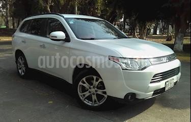 Foto venta Auto usado Mitsubishi Outlander 5p Limited L4/2.4 Aut (2014) color Blanco precio $238,000