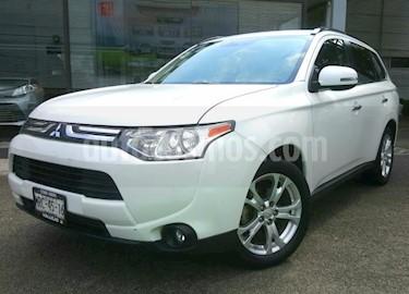 Foto venta Auto usado Mitsubishi Outlander 5p Limited L4/2.4 Aut (2014) color Blanco precio $228,000