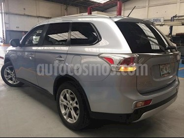 Foto venta Auto usado Mitsubishi Outlander 5p SE L4/2.4 Aut (2015) color Plata precio $265,000
