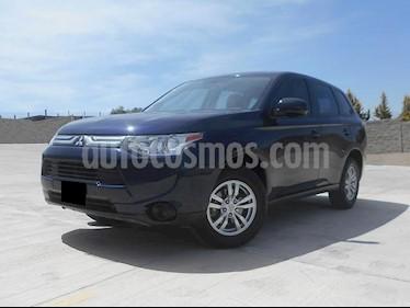 Foto venta Auto usado Mitsubishi Outlander ES (2014) color Azul Cosmico precio $218,000