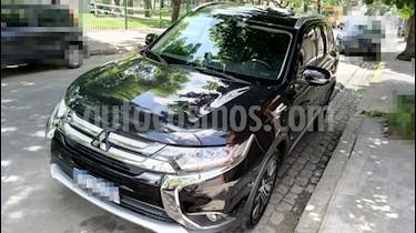 Foto venta Auto usado Mitsubishi Outlander GLS 2.4 (2018) color Negro precio $1.930.000