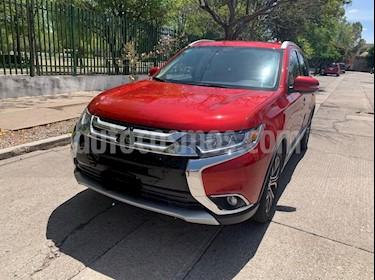 Mitsubishi Outlander Limited usado (2016) color Rojo precio $289,000