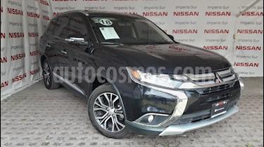 Foto venta Auto usado Mitsubishi Outlander Limited (2018) color Negro Perla precio $375,000