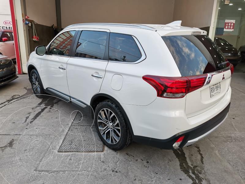 Mitsubishi Outlander 2.4L Limited usado (2018) color Blanco precio $360,000
