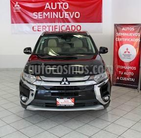 Mitsubishi Outlander Limited usado (2016) color Negro precio $279,000