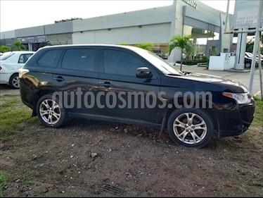 Mitsubishi Outlander 5P SE L4/2.4 AUT usado (2014) color Negro precio $175,000
