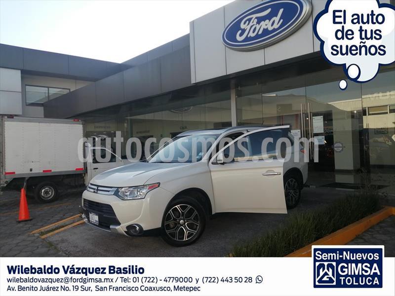 Mitsubishi Outlander 2.4L Limited usado (2015) color Blanco precio $215,000