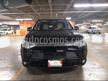 Mitsubishi Outlander Limited usado (2014) color Negro precio $205,000