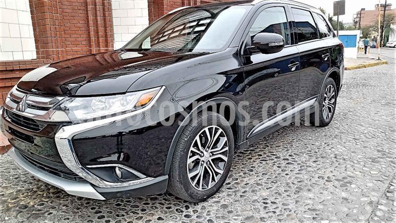 Mitsubishi Outlander 2.4L SE usado (2018) color Negro precio $295,000