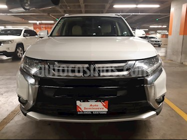 Mitsubishi Outlander 3.0L Limited usado (2016) color Blanco Diamante precio $295,000