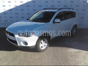 Mitsubishi Outlander 2.4L XLS usado (2011) color Blanco precio $132,000
