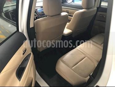 Foto Mitsubishi Outlander 5p Limited L4/2.4 Aut usado (2015) color Blanco precio $260,000