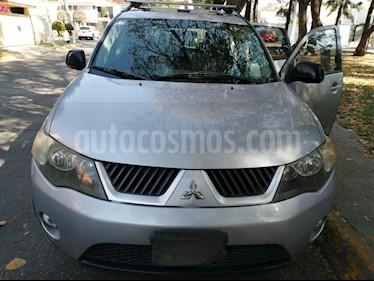 Mitsubishi Outlander 3.0L LS usado (2008) color Plata precio $75,000