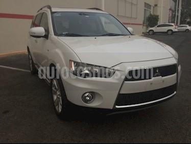 Foto venta Auto Seminuevo Mitsubishi Outlander OUTLANDER (2013) color Blanco precio $175,000