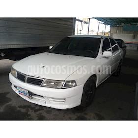 Foto venta carro usado Mitsubishi Signo GLi 1.3L (2003) color Blanco precio BoF1.450