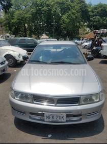 Foto venta carro usado Mitsubishi Signo Plus (2006) color Plata precio BoF2.300