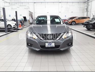 Foto Nissan Altima 4p Advance Navi L4/2.5 Aut usado (2017) color Gris precio $265,000