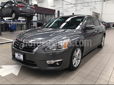 Foto Nissan Altima 4p Advance Navi L4/2.5 Aut usado (2016) color Gris precio $235,000