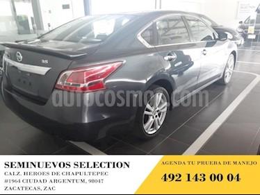 Foto venta Auto usado Nissan Altima 4p Exclusive V6/3.5 Aut (2013) color Amarillo precio $180,000