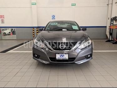 Foto Nissan Altima 4p Sense L4/2.5 Aut usado (2017) color Gris precio $260,000