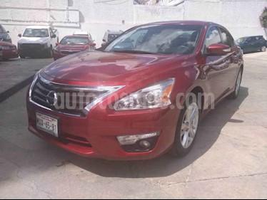 Foto venta Auto usado Nissan Altima Advance NAVI (2016) color Rojo precio $219,000