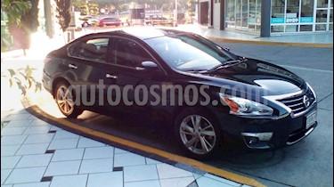 Nissan Altima Advance NAVI usado (2015) color Negro precio $210,000
