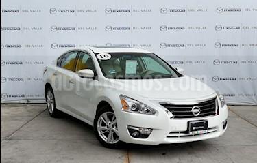 Foto Nissan Altima Advance NAVI usado (2016) color Blanco precio $239,000