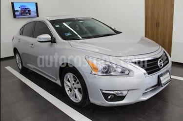 Foto venta Auto usado Nissan Altima Advance NAVI (2013) color Plata precio $175,000
