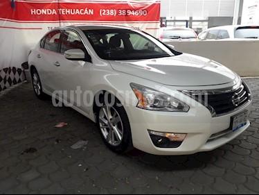 Foto venta Auto usado Nissan Altima Advance NAVI (2013) color Blanco precio $172,000