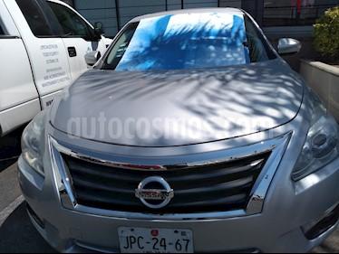 Foto Nissan Altima Advance NAVI usado (2014) color Plata precio $185,000