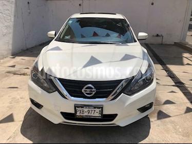 Foto venta Auto usado Nissan Altima Advance NAVI (2017) color Blanco precio $350,000