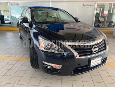 Foto Nissan Altima Advance NAVI usado (2016) color Azul Metalico precio $239,900