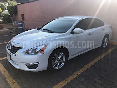 Nissan Altima Advance usado (2013) color Blanco precio $155,000