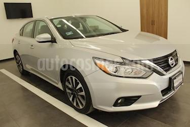 Foto venta Auto usado Nissan Altima Advance (2017) color Plata precio $295,000