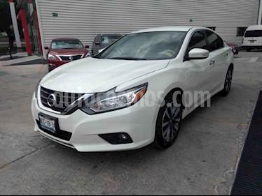 Foto Nissan Altima Advance usado (2017) color Blanco precio $279,000