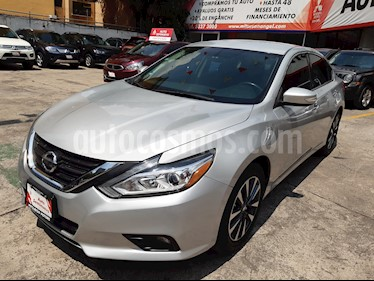 Foto venta Auto usado Nissan Altima Advance (2017) color Plata precio $269,000