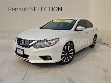 Foto venta Auto usado Nissan Altima Advance (2017) color Blanco precio $314,000
