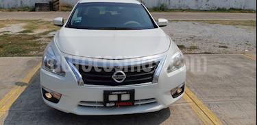 Foto venta Auto usado Nissan Altima Advance (2015) color Blanco precio $205,000