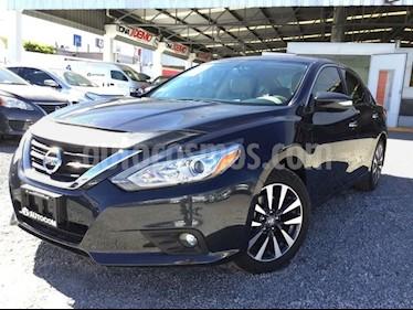 Foto venta Auto Seminuevo Nissan Altima ALTIMA ADVANCE CVT (2017) precio $330,000