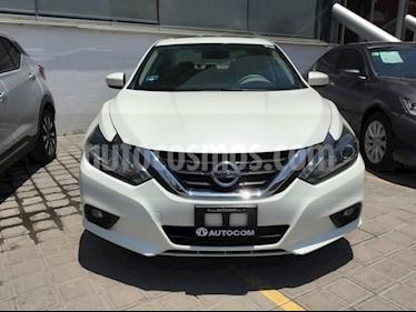 Foto Nissan Altima ALTIMA EXCLUSIVE 35 LTS V6 usado (2017) color Blanco precio $339,000
