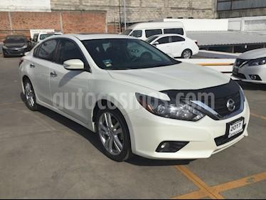 Foto venta Auto usado Nissan Altima ALTIMA EXCLUSIVE 3.5 (2017) color Blanco precio $350,000