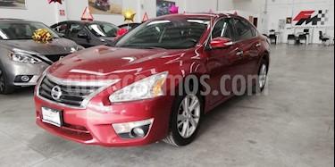 Foto venta Auto usado Nissan Altima Exclusive (2016) color Rojo precio $229,000