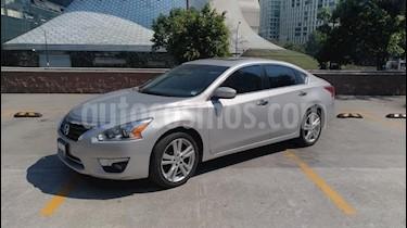 Foto venta Auto usado Nissan Altima Exclusive (2013) color Plata precio $165,000