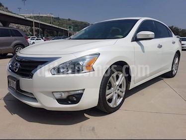 Foto venta Auto usado Nissan Altima Exclusive (2014) color Blanco precio $179,000