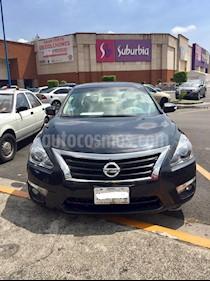 Nissan Altima Exclusive usado (2015) color Acero precio $215,000
